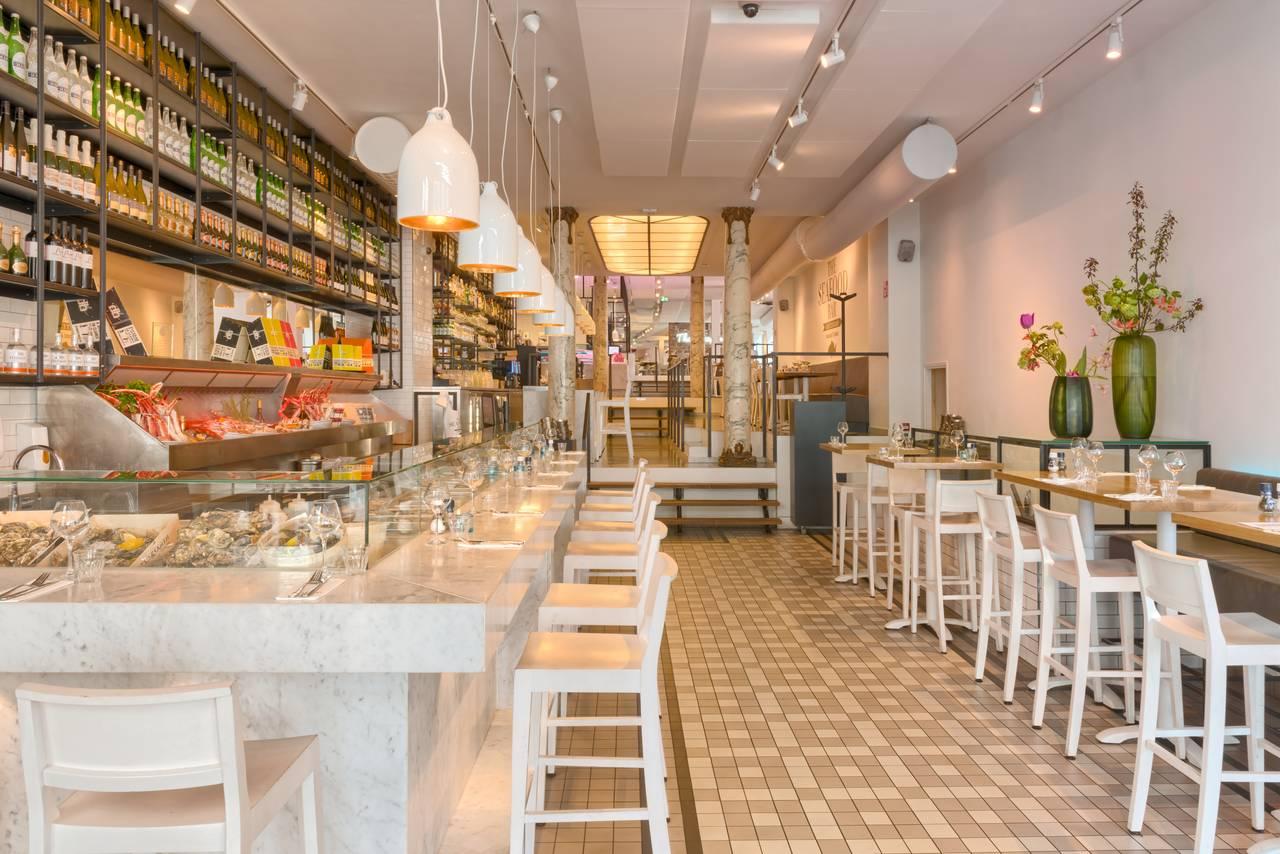 tranquilo-estida-the-seafood-bar-amsterdam-spui-bar-tafels