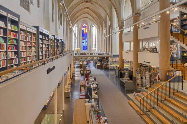 tranquilo-boekhandel-waanders-in-de-broeren-zwolle-etage