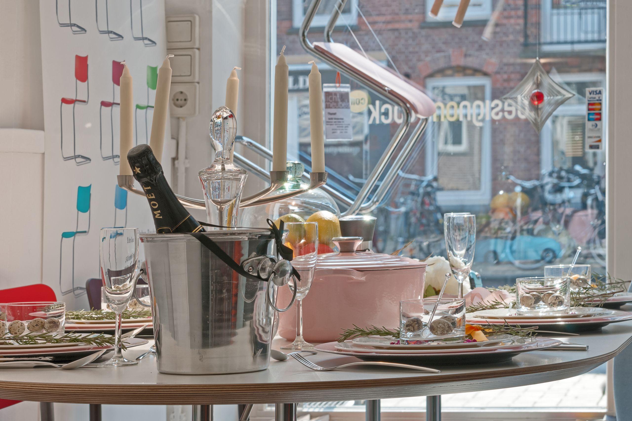 tranquilo-licht-en-meubels-amsterdam-tafel