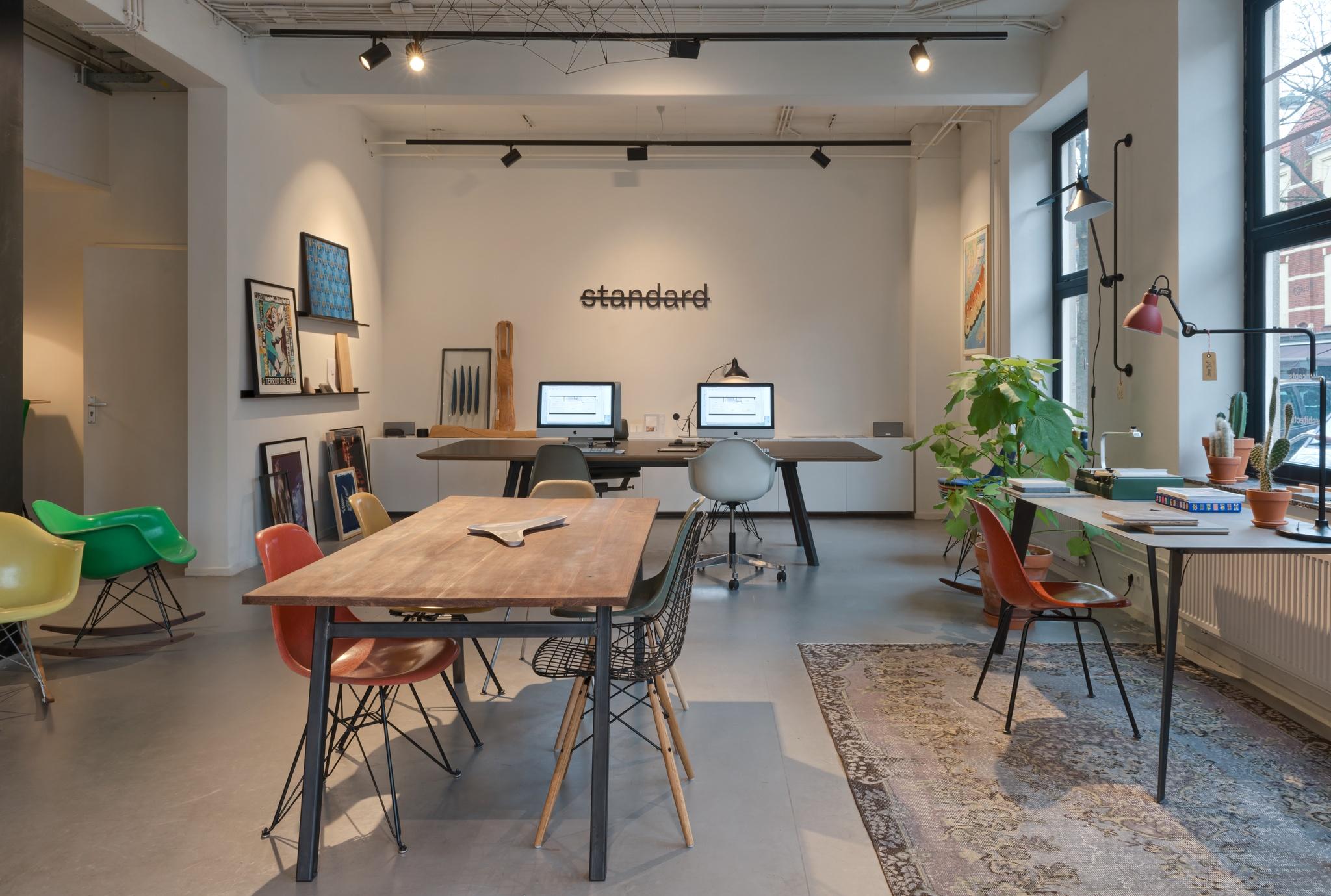 tranquilo-modern-vintage-standard-amsterdam-chairs